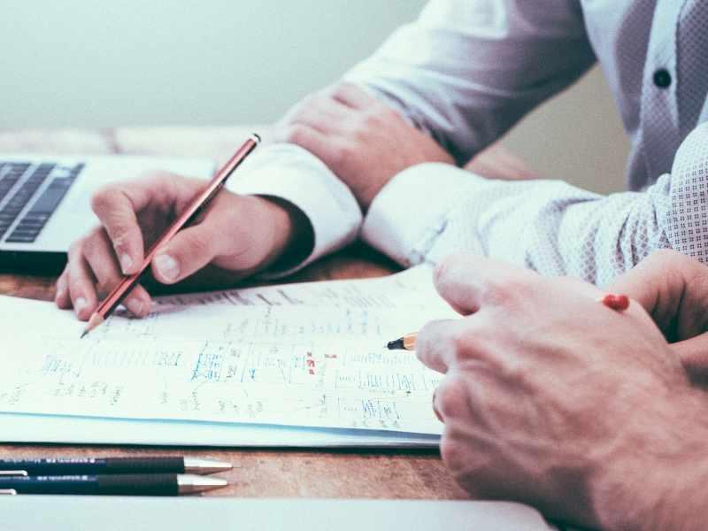 Sachbearbeiter Büromanagement mit ECDL-Schein